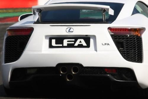 Noul Lexus LF-A, killer de Ferrari16423