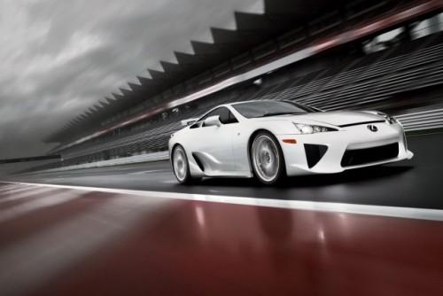Noul Lexus LF-A, killer de Ferrari16439