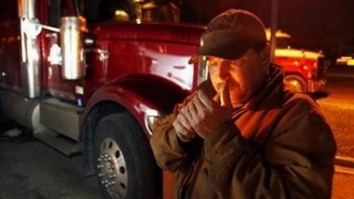Camionagiu amendat pentru ca fuma in cabina!16292