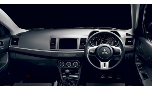 Noul Mitsubishi Evo X facelift16091