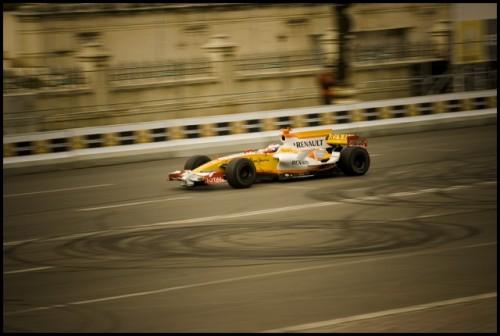 Galerie Foto: Renault F1 Roadshow la Bucuresti15967