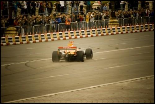 Galerie Foto: Renault F1 Roadshow la Bucuresti15981