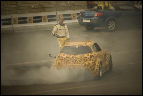 Galerie Foto: Renault F1 Roadshow la Bucuresti15994