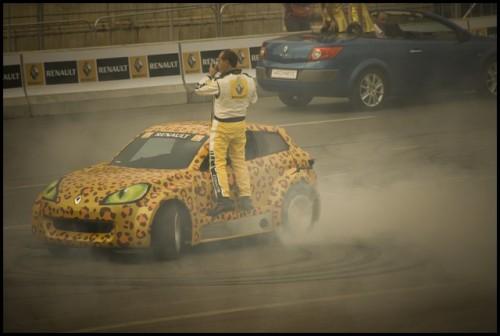 Galerie Foto: Renault F1 Roadshow la Bucuresti15996