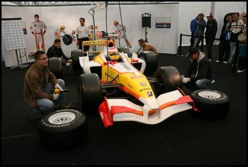 Galerie Foto: Renault F1 Roadshow la Bucuresti16066