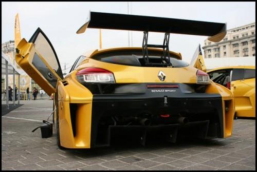 Galerie Foto: Renault F1 Roadshow la Bucuresti16072