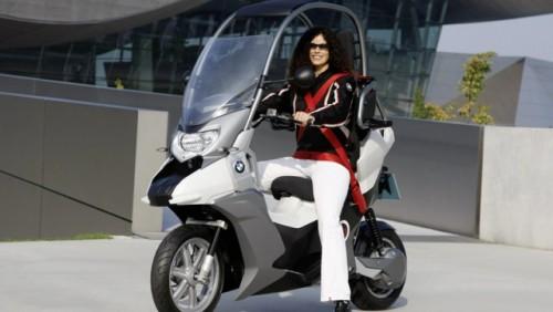 Conceptul BMW C1-E, scuterul sigur si eco15856