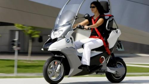 Conceptul BMW C1-E, scuterul sigur si eco15859