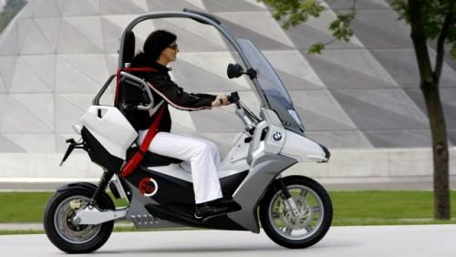 Conceptul BMW C1-E, scuterul sigur si eco15862