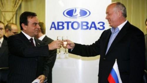 Putin a convins Renault sa investeasca in Avtovaz15855