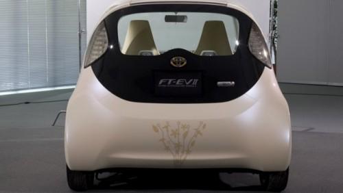 Toyota a prezentat noul iQ electric15843