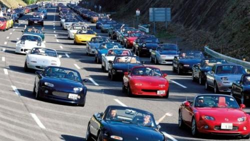 Parada cu 1.600 Mazda MX-515680