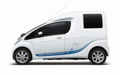 Avanpremiere Tokyo: Mitsubishi  PX-MiEV si i-MiEV CARGO15646