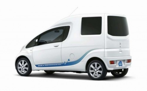 Avanpremiere Tokyo: Mitsubishi  PX-MiEV si i-MiEV CARGO15654