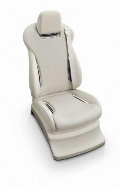 Avanpremiere Tokyo: Mitsubishi  PX-MiEV si i-MiEV CARGO15657