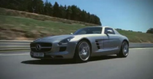 VIDEO: Mercedes SLS AMG in Gran Turismo 515464