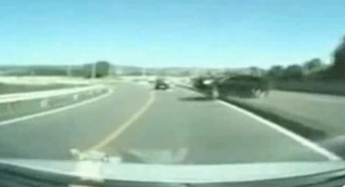 VIDEO: Senzatia unui accident pe autostrada15422