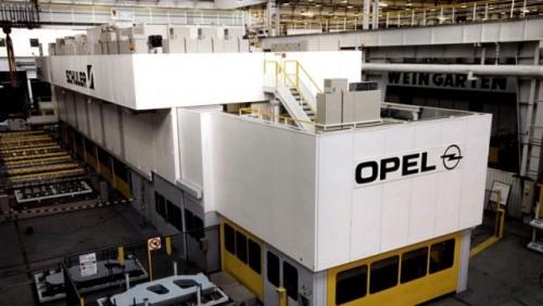 Angajatii Opel sunt in pericol de a pierde slujbele15413