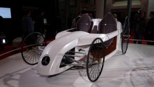 Frankfurt LIVE: Mercedes aduce un elogiu primului automobil din istorie15290