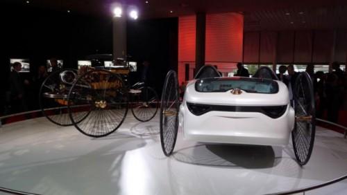 Frankfurt LIVE: Mercedes aduce un elogiu primului automobil din istorie15295