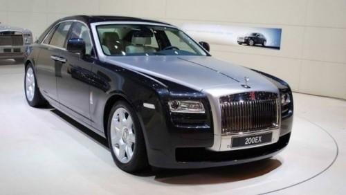 VIDEO: Rolls Royce Ghost isi dezveleste formele la Frankfurt15246