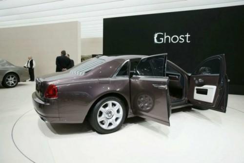 VIDEO: Rolls Royce Ghost isi dezveleste formele la Frankfurt15250