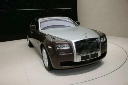 VIDEO: Rolls Royce Ghost isi dezveleste formele la Frankfurt15264