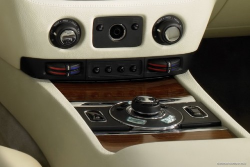 OFICIAL: Noul Rolls-Royce Ghost14272