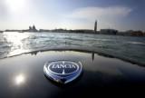 Fotomodelul roman Catrinel este imaginea Lancia14250
