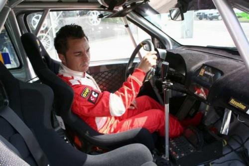 Florentin Petre debuteaza in motorsport14235