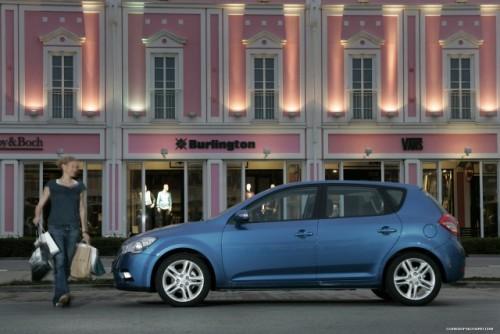 Iata noul Kia Cee'd facelift!14186