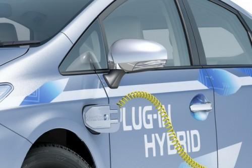 Toyota Prius Plug-In, conectata la Frankfurt14079