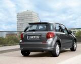Suzuki SX4 facelift - imagini in premiera!13555