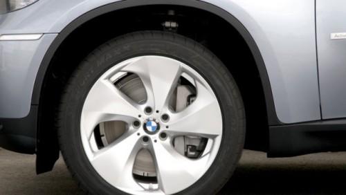 OFICIAL: BMW si-a prezentat primii hibrizi13518