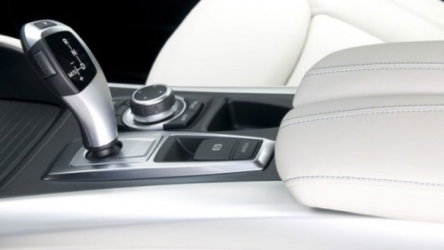 OFICIAL: BMW si-a prezentat primii hibrizi13524