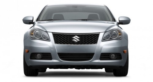 Suzuki prezinta noul Kizashi13214