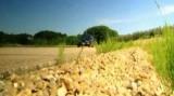 VIDEO: Mercedes 190E vs Ford Sierra RS13148