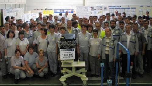 Dacia a produs  un milion de motoare pe benzina13031