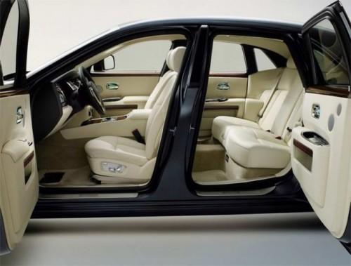 Oficial: Rolls-Royce Ghost- specificatii tehnice12932