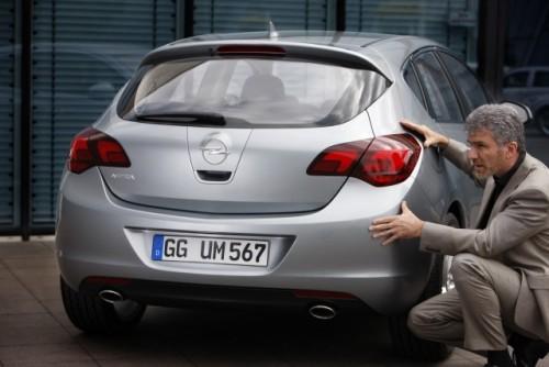 Alfa Romeo Milano, un Opel Astra clonat?12748