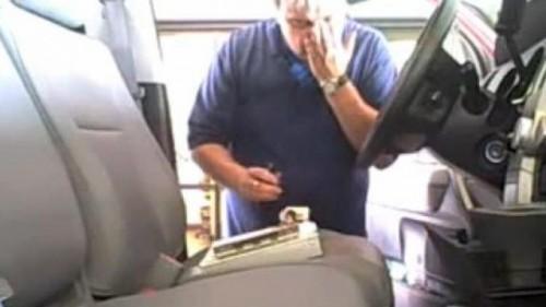 VIDEO: Ce fac mecanicii de la service in masinile clientilor?12591