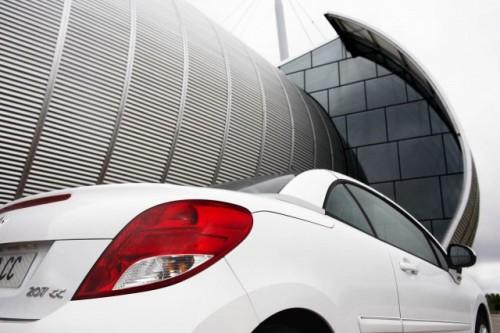 Oficial: Peugeot 207 facelift!12402
