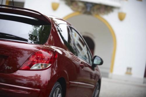 Oficial: Peugeot 207 facelift!12416