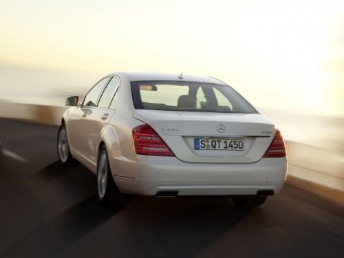 Daimler a lansat primul model german hibrid12332