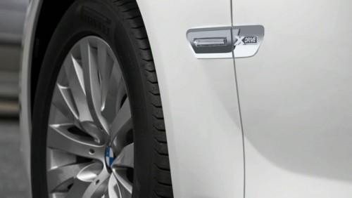Oficial: BMW Seria 7 primeste xDrive, kitul M Sports si un motor nou12186