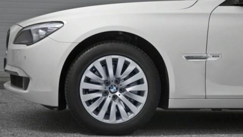 Oficial: BMW Seria 7 primeste xDrive, kitul M Sports si un motor nou12187