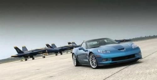 VIDEO: Corvette ZR1 se intrece cu un avion de vanatoare12162