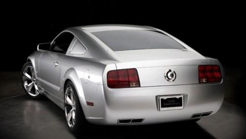 Editie aniversara Mustang dedicata lui Lee Iacocca12084
