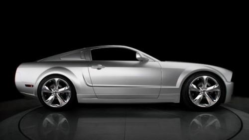 Editie aniversara Mustang dedicata lui Lee Iacocca12085