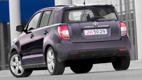 Toyota a lansat noile iQ si Urban Cruiser in Romania12071
